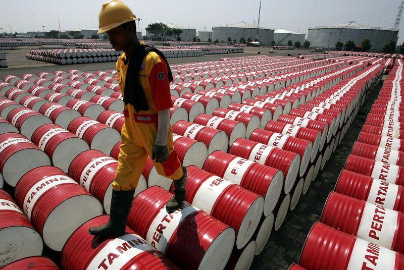 原油和黄金市场本周期望:油价居于拐点 金价千五支持位恐沦为危机