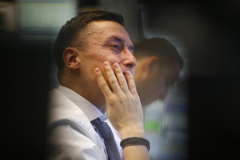 """【环球市场】WTI原油5月暴涨近90% 特朗普发布会""""雷声大雨点小"""""""