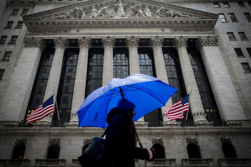 美国股市收低;截至收盘道琼斯工业平均指数下跌0.11%