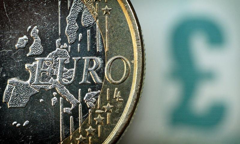外汇欧盘:英镑从5个月高点回落 约翰逊版脱欧协议再迎大考