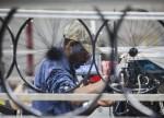 英国6月制造业PMI小幅上升 但仍表现平平