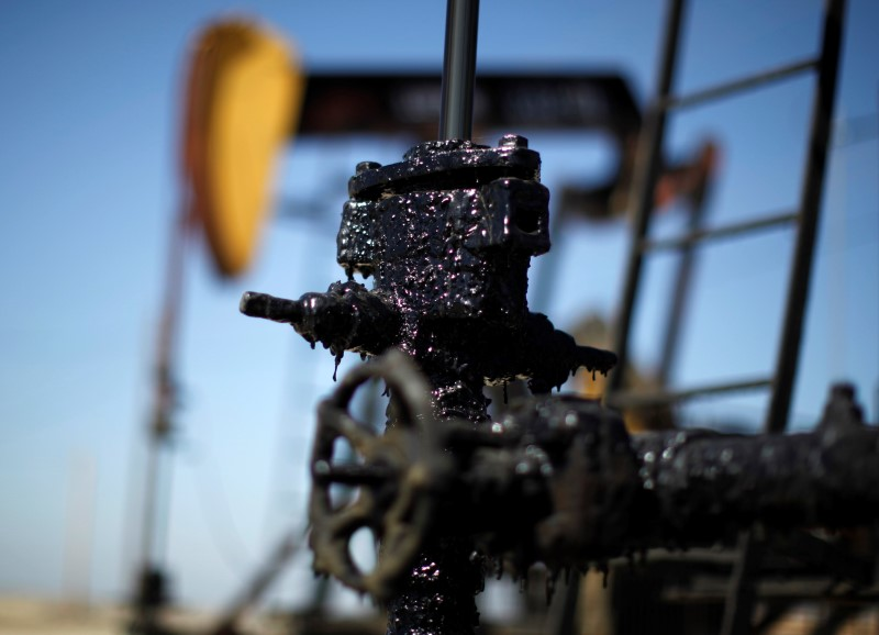 © Reuters.  巴克莱认为布油价格被市场高估,2019年均价或只有70美元