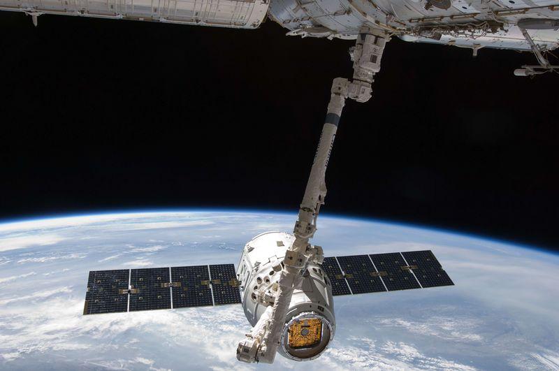 SpaceX成功发射60颗星链卫星,但火箭第一级未能成功回收