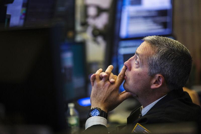 """© Reuters.高盛:上调绿城服务(02869)目标价至11.8港元,维持""""中性""""评级"""