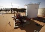 原油欧盘:美国库存降至2015年以来最低 贸易局势阻遏油价徘徊不前
