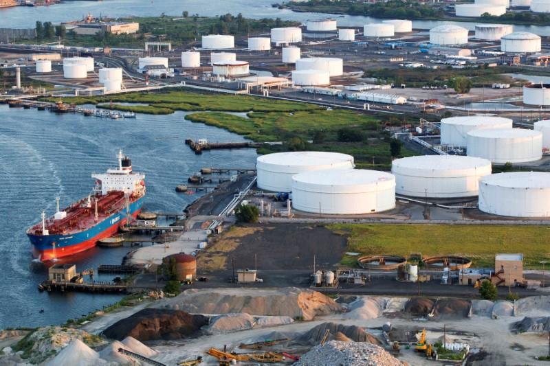 原油市场本周前瞻:全面通胀下 美国人可能无法再次容忍高油价!