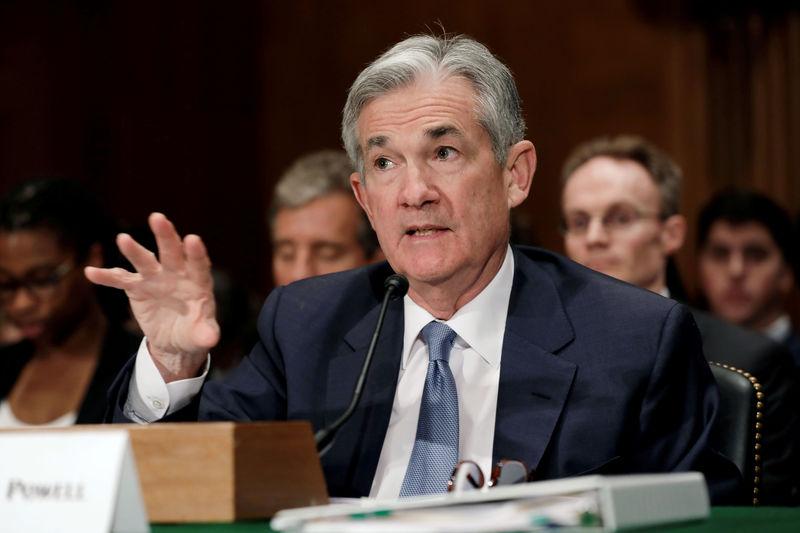 © .  美联储主席鲍威尔:美国经济前景仍存在很大问题