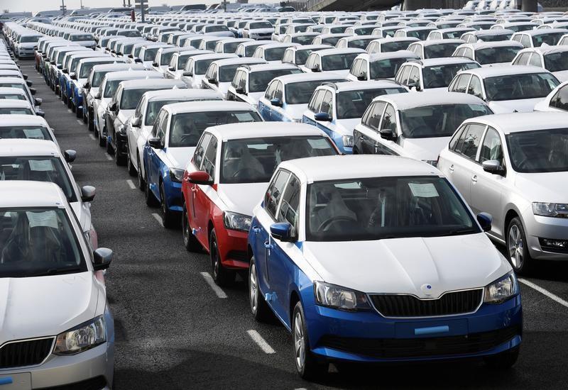 © Reuters.  美股盘前:陌陌大跌13% 优信二手车与淘宝战略合作 飙涨11%