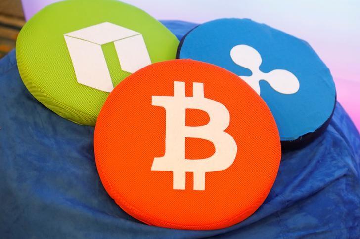 © Reuters.  加密货币周四继续下挫 总市值较1月高点蒸发6000亿美元