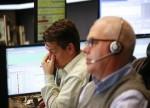 日本股市:大型股挫跌拖累日经指数早盘跌逾2%,央行短观调查加剧担忧