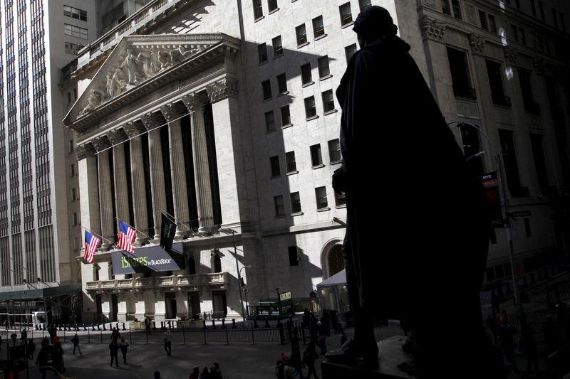 美股早知道: 道指创史上最差一季度表现!累计跌幅超过23%
