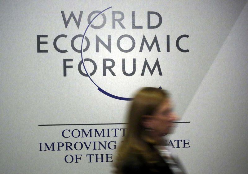 © Reuters.  环球早报:脱欧协议B计划公布,达沃斯年会即将召开