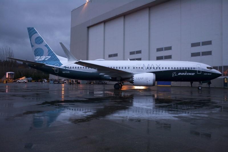 737 MAX复飞一再推迟 波音4个月内或再损失数十亿美元