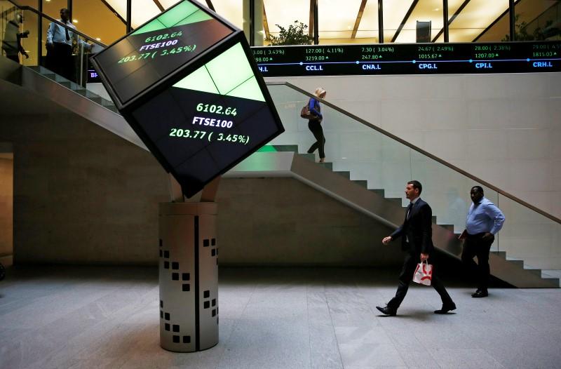 英国股市上涨;截至收盘Investing.com 英国 100上涨0.84%