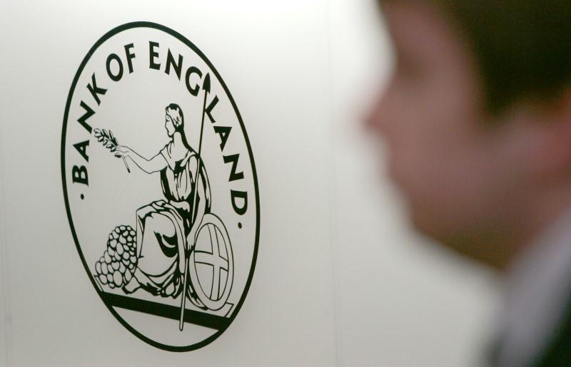外汇欧盘:英国央行料加码放水 英镑连续三天下跌