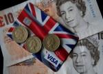 环球早报:脱欧协议或在6-8周内达成 英镑获提振大涨