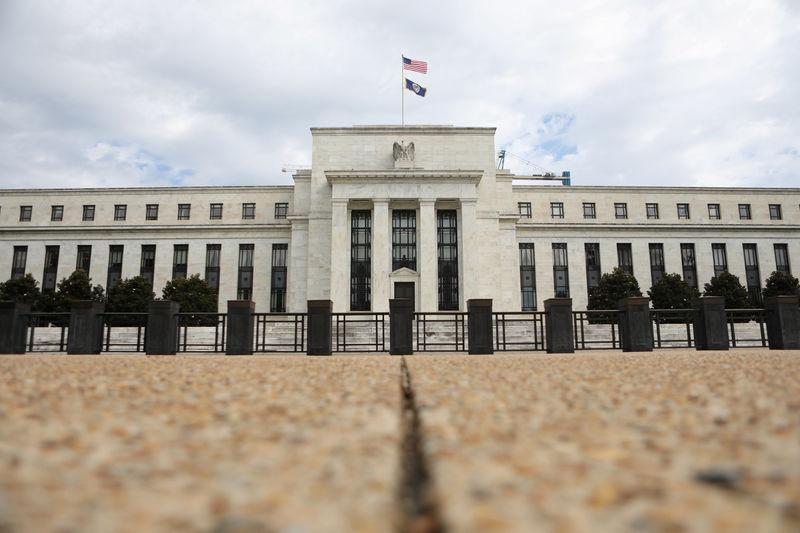 MIEX市场速递:美联储本周踏进静默期,市场对后市降息估算未变