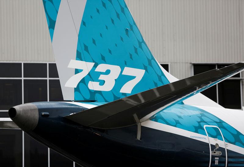 © Reuters.波音737MAX迈出复飞关键一步 首架认证飞行测试航班起飞 股价大涨逾10%