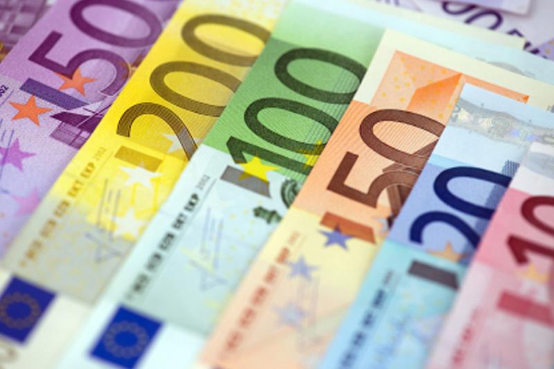 美元走疲助欧元站上两周高位,多头打响翻身仗仍缺点啥