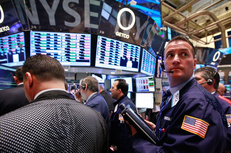 美股盘前:道指期货涨近250点 科技股强劲反弹 亚马逊涨超3%